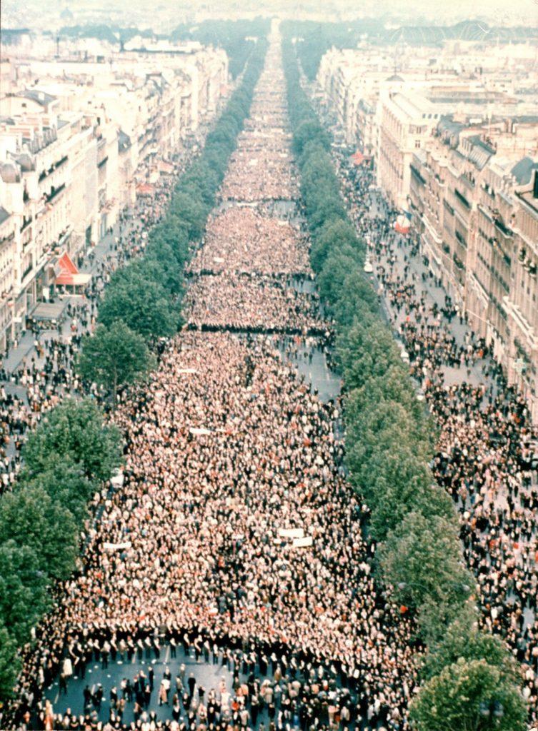 διαδήλωση υπέρ ντε γκολ στο παρίσι